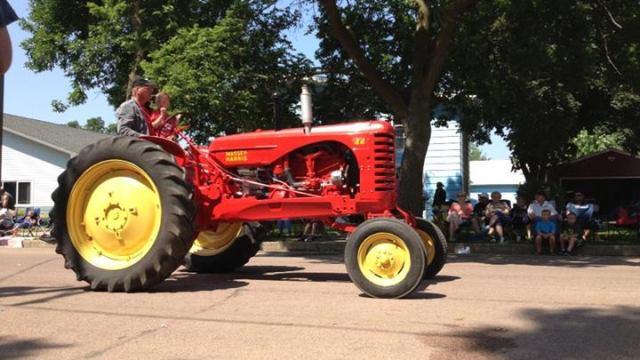 More tractors!
